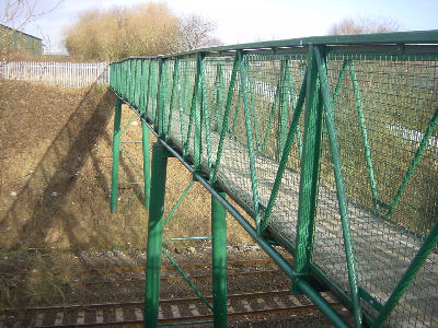Footbridge over railway, Littlemoss