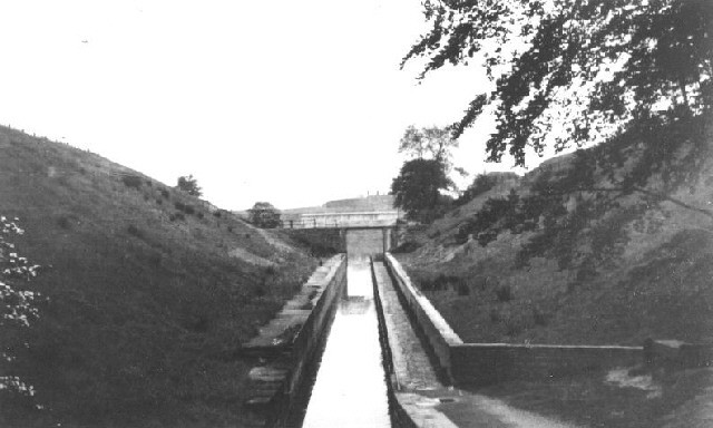 Hollinwood Branch Canal, Droylsden